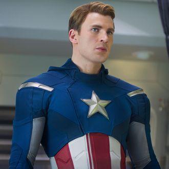 ?Marvel's The Avengers?..Steve Rogers/Captain America (Chris Evans)..Ph: Zade Rosenthal ..© 2011 MVLFFLLC. TM & © 2011 Marvel. All Rights Reserved.