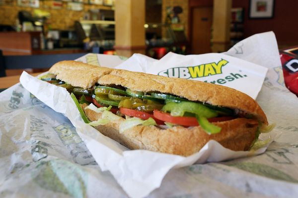 America Finally Realizing Subway's Sandwiches Aren't Very Good