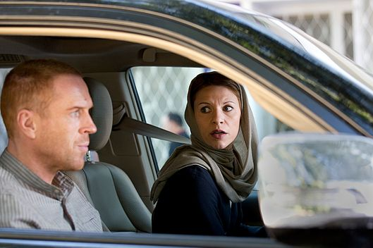 Damian Lewis as Nicholas Brody and Claire Danes as Carrie Mathison in Homeland (Season 3, Episode 12). - Photo:  Didier Baverel/SHOWTIME - Photo ID:  HOMELAND_312_20131031_4194.R