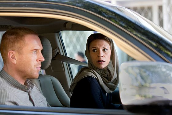 Damian Lewis as Nicholas Brody and Claire Danes as Carrie Mathison in Homel