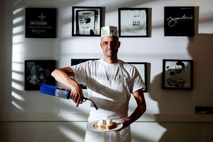 Morgenstern S Unveils Ice Cream Sundae Bar In Nyc