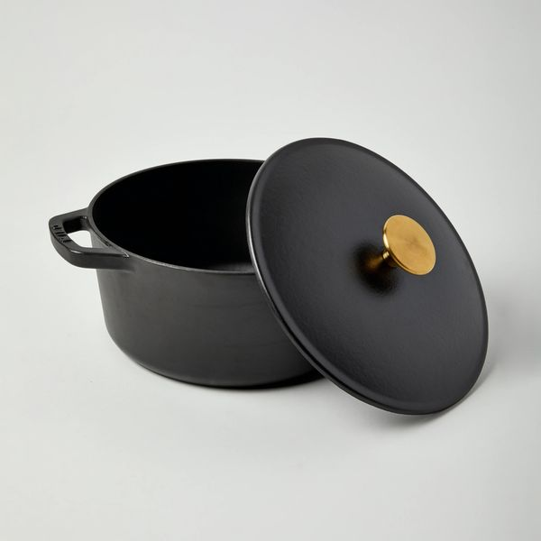 Milo by Kana Classic Dutch Oven