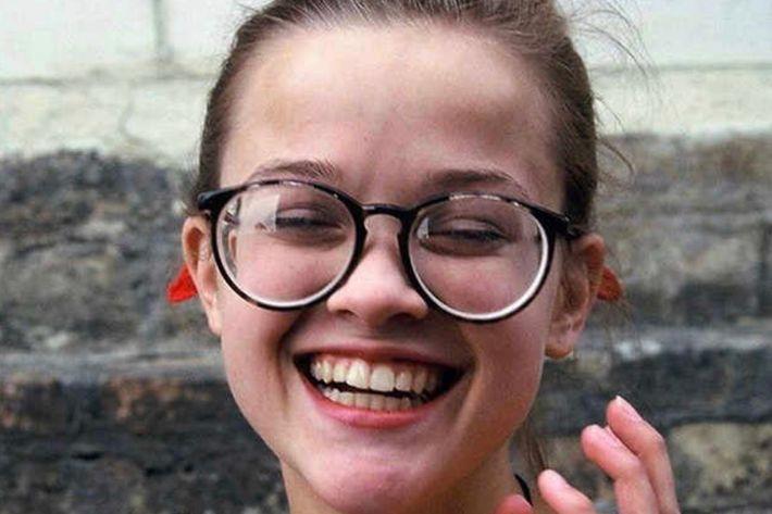 Різ Візерспун, Олівія Вайлд та Сара Мішель Геллар показали смішні фото себе у 13