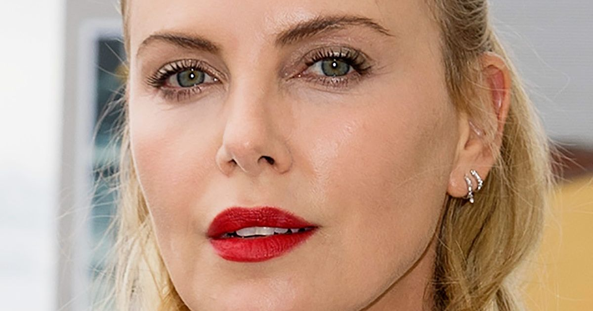 Charlize theron speaks out about tia mowry soulcycle drama voltagebd Gallery