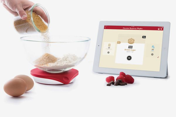 Drop Scale Smart Kitchen Scale and Recipe App- strategist best smart kitchen appliances