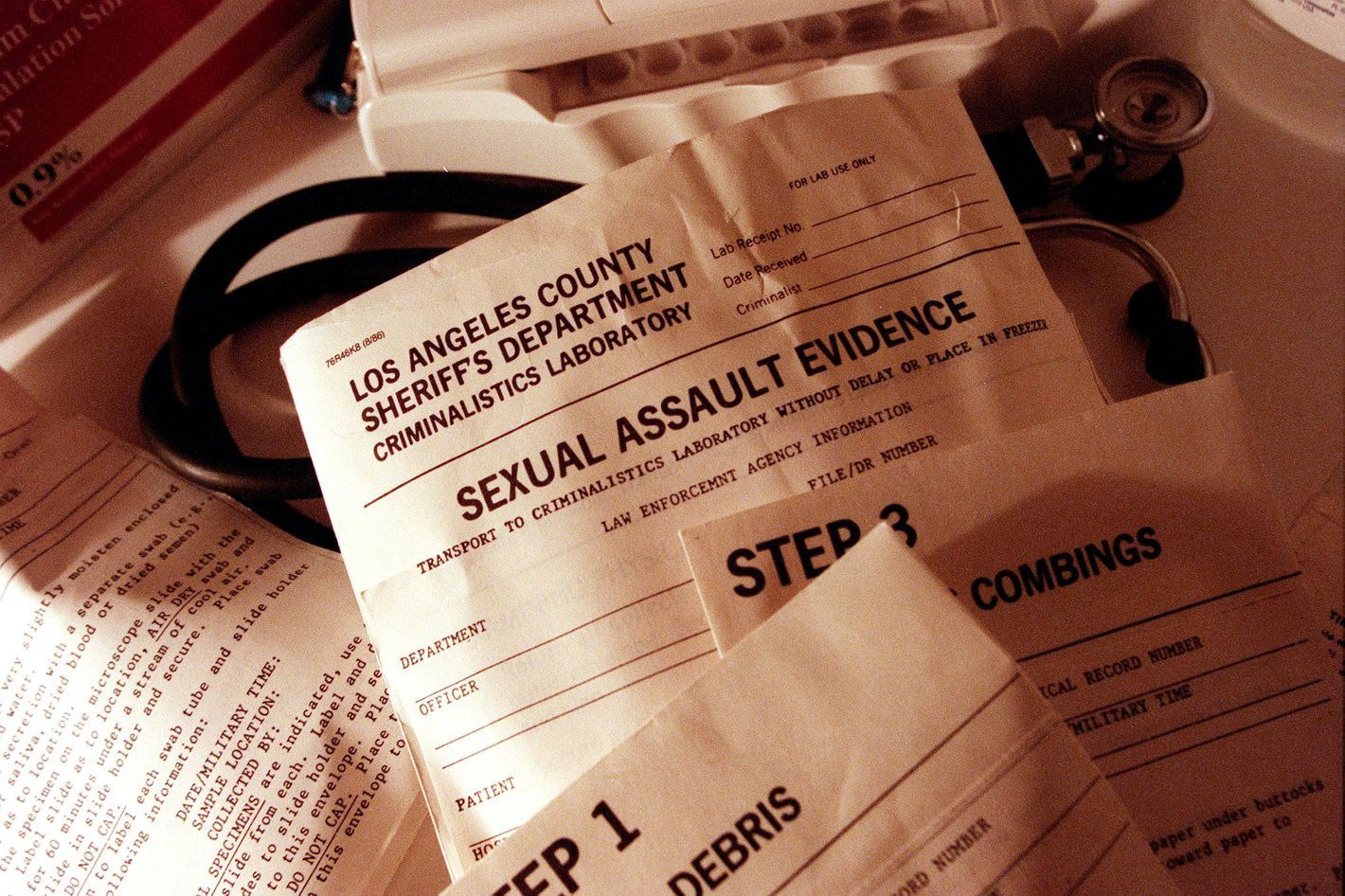 Obama signs bill to prevent police destroying rape kits