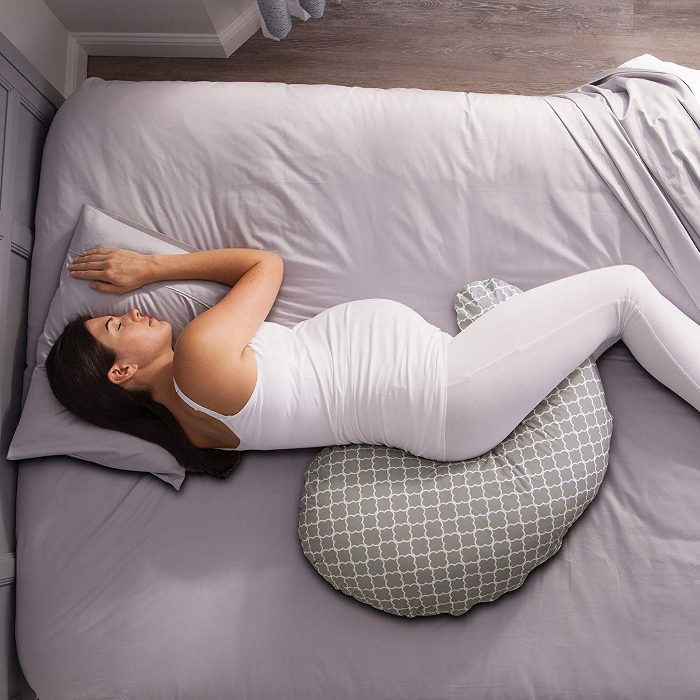 10 Best Pregnancy Pillows Reviewed 2018