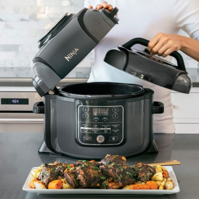 f921bb01 The Best Pressure Cookers on Amazon, According to Hyperenthusiastic  Reviewers