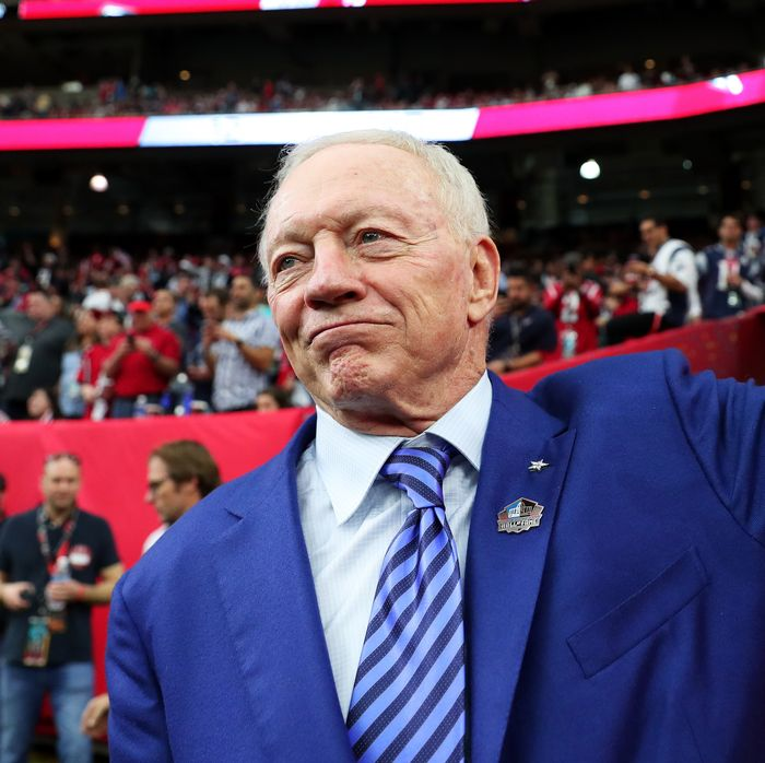 dc7b22249447 Cowboys Owner Jerry Jones  Players Who Protest During Anthem Won t Play