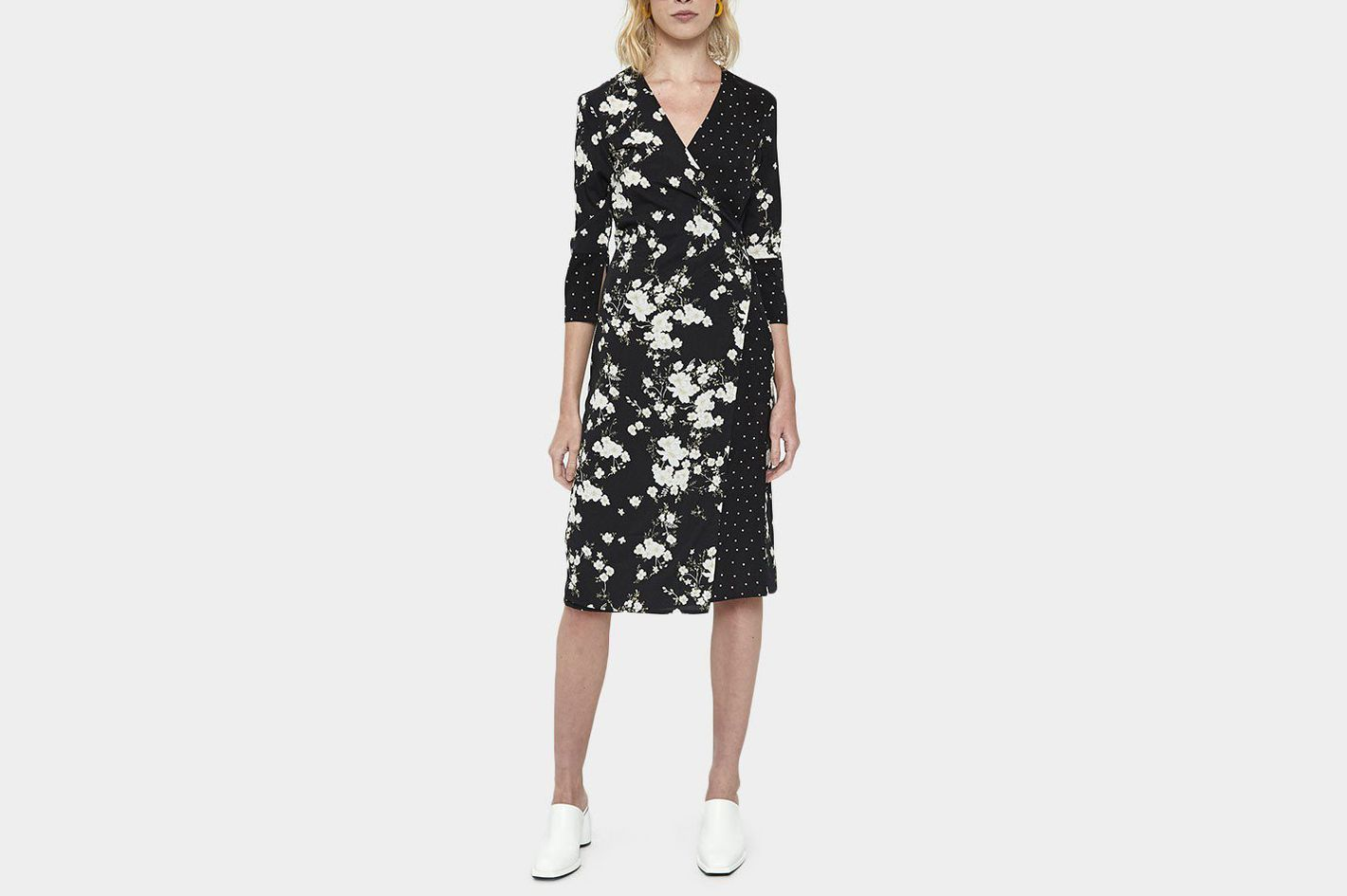 7758e1c02a0f1 25 Wrap Dresses You Can Wear to Work