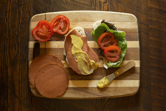This bologna's name is T-O-F-U.