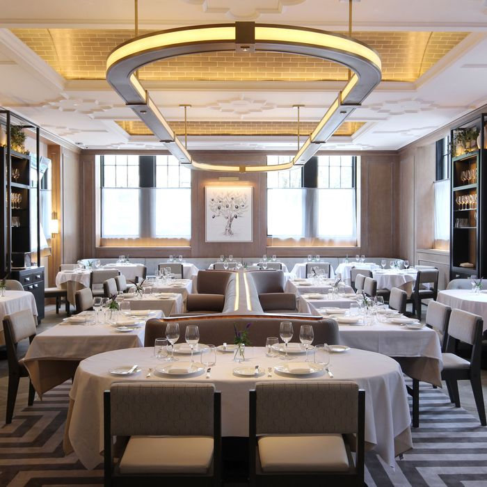 Vaucluse, the restaurant that Pete Wells recently awarded one star.