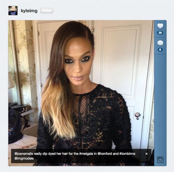 "<a href=""https://twitter.com/joansmalls"">@JoanSmalls</a> dip-dyed her hair blond just for the Met Gala's punk theme."