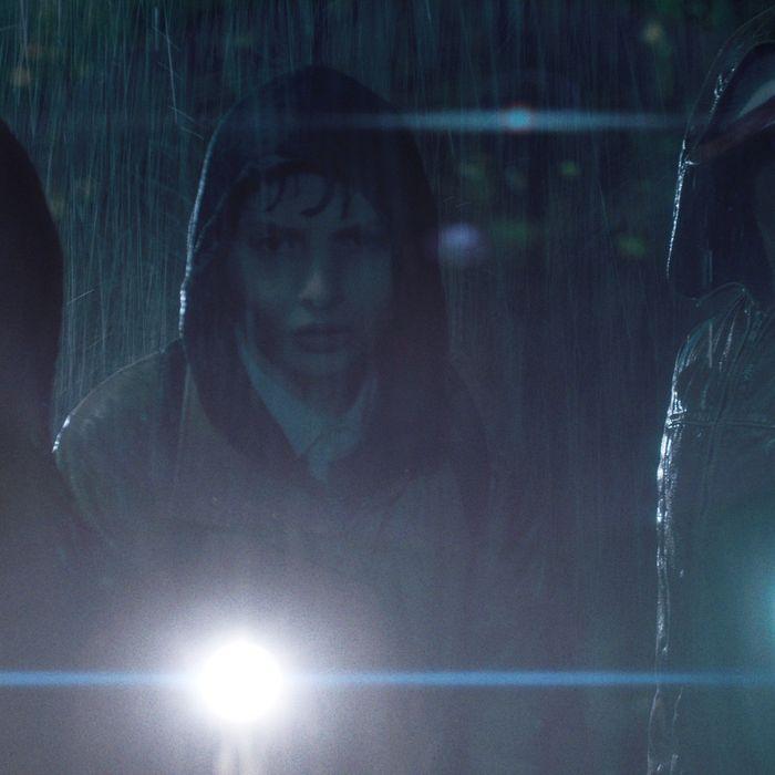 Finn Wolfhard as Mike, Gaten Matarazzo as Dustin, Caleb McLaughlin as Lucas.