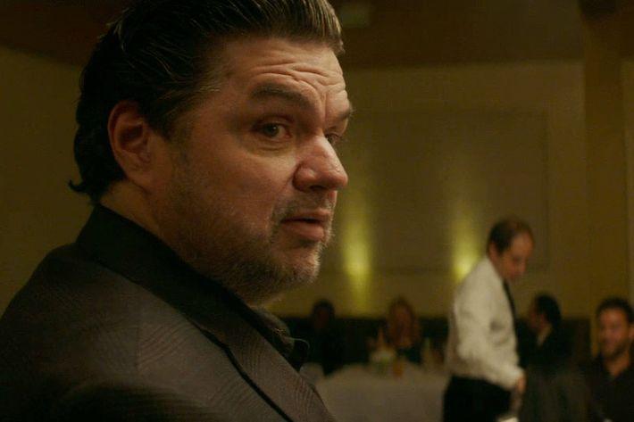 Oliver Platt, channeling his critic brother Adam in Jon Favreau's new movie.
