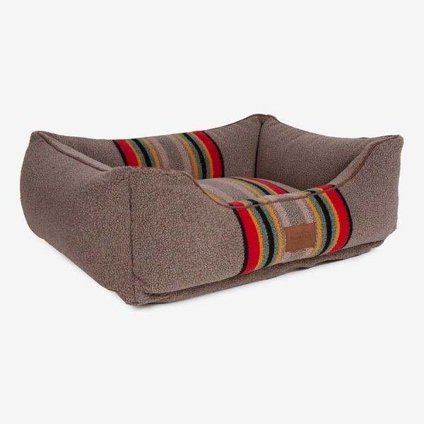 Pendleton Yakima Camp Kuddler Dog Bed
