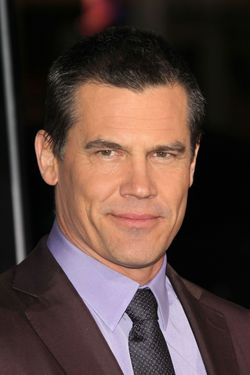 07 Jan 2013, Los Angeles, California, USA --- Josh Brolin arrives at the 'Gangster Squad' Premiere. Pictured: Josh Brolin  --- Image by © Jen Lowery/Splash News/Corbis