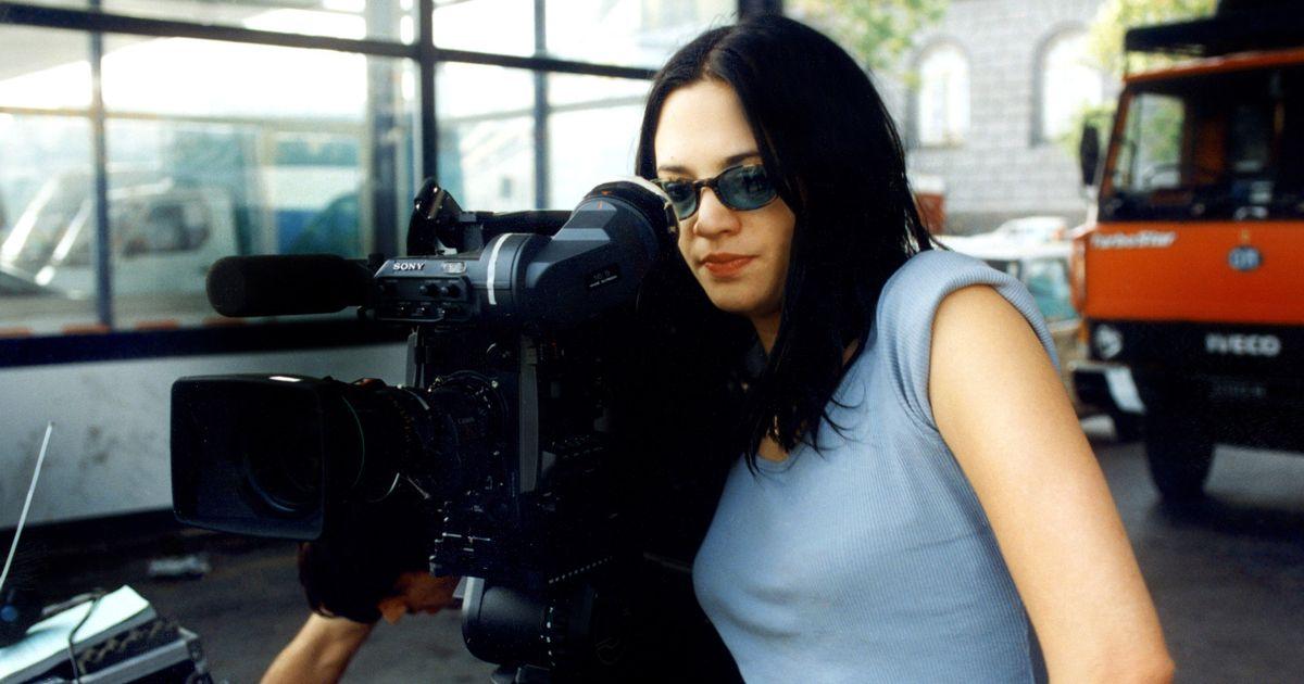 Argento shares scene inspired by weinstein s alleged assault - Scarlet diva streaming ...