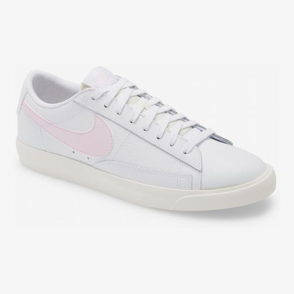 Nike Blazer Low Leather Sneaker