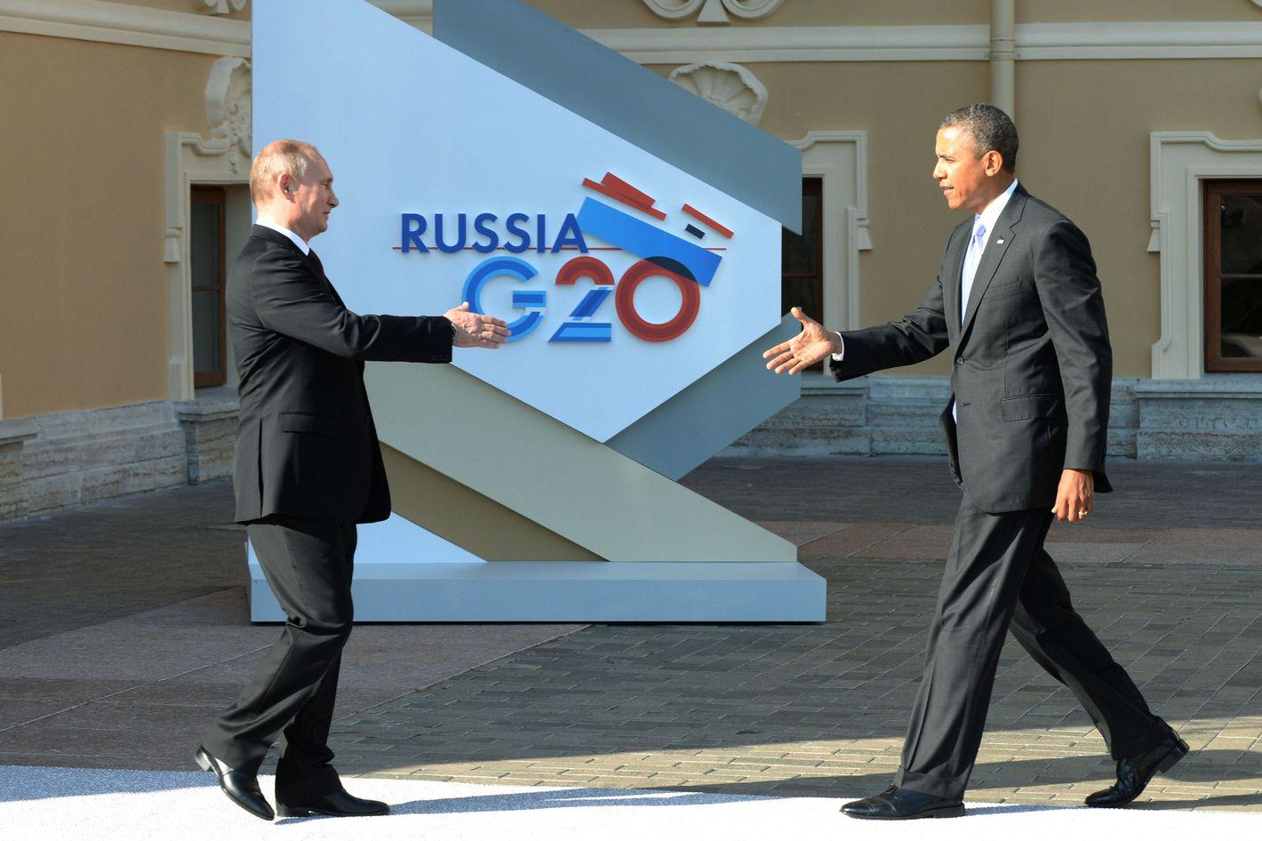 Just How Awkward Was The Obama Putin G20 Handshake