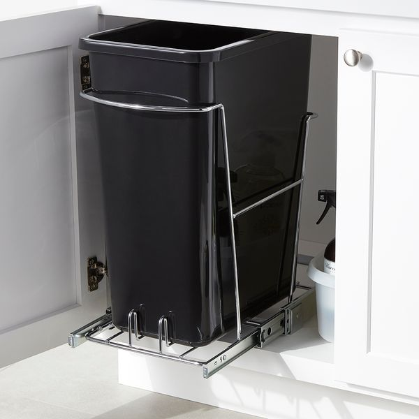 8 Gallon Pull-Out Trash Can