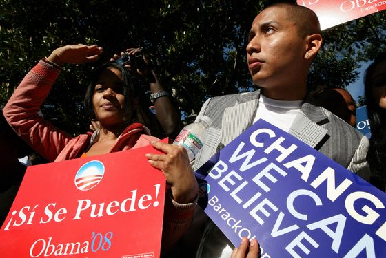 Obama Targets Disillusioned Hispanic Voters en Español