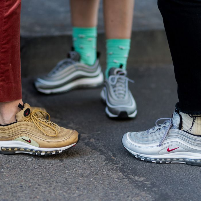 What To Wear With The Ugly Sneaker Trend 2018