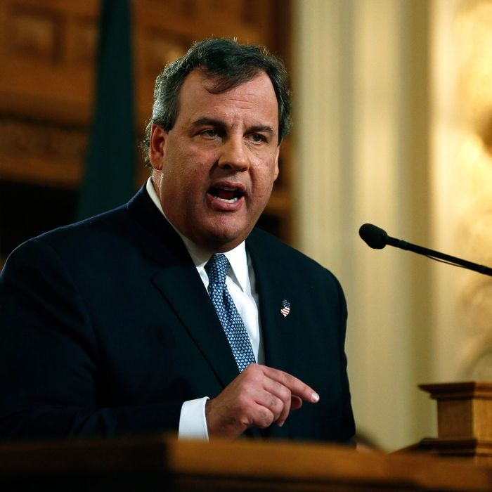 New Jersey Gov. Chris Christie delivers the State of the State Address on January 14, 2014 in the Assembly Chambers at the Statehouse in Trenton, New Jersey. In his speech Christie briefly addressed the ongoing George Washington Bridge lane closure scandal saying his administration