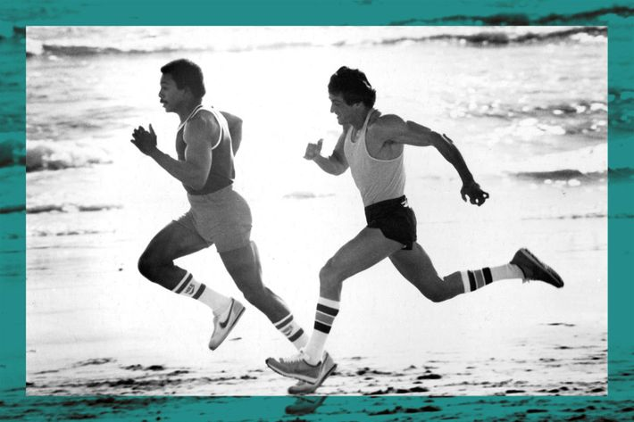 rocky and apollo creed running on the beach - strategist best fitness gear and best workout shoes for men