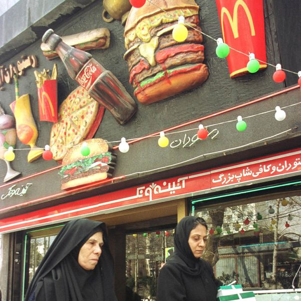 Someone Opened a 'Mash Donald's' for Big Mac–Deprived Iranians