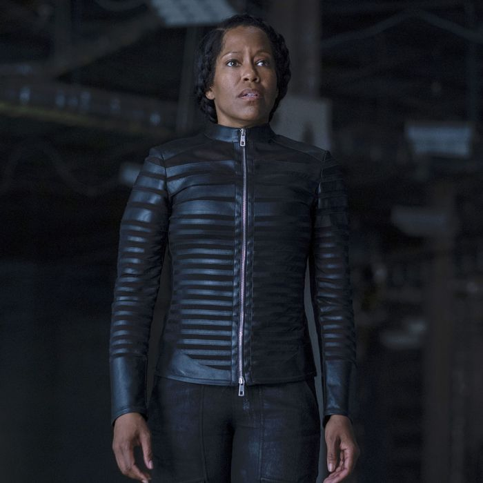 Regina King as Angela Abar in Watchmen.