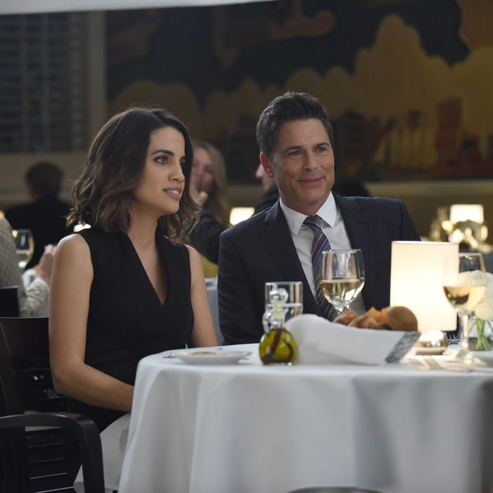 THE GRINDER: L-R: Natalie Morales and Rob Lowe in the