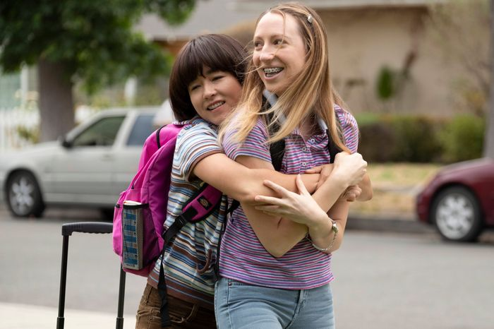 Maya Erskine and Anna Konkle in PEN15.