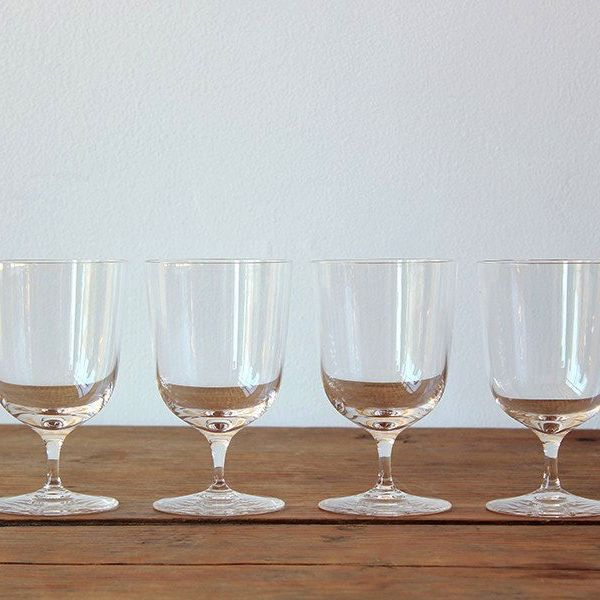 Ichendorf Milano Italian Glassware Venezia Curved Wine Glass
