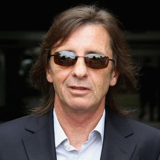 TAURANGA, NEW ZEALAND - DECEMBER 01: (NEW ZEALAND NEWSPAPERS OUT) AC/DC drummer Phil Rudd leaves Tauranga District Court following his conviction for cannabis possession on December 1, 2010 in Tauranga, New Zealand. Rudd, charged under his legal name of Phillip Witschke, was found in possession of 27g of the drug after a police search at his launch at the Tauranga Bridge Marina on October 7. The conviction could affect his ability to travel with AC/DC internationally in future. (Photo by The Sun/Getty Images) *** Local Caption *** Phil Rudd