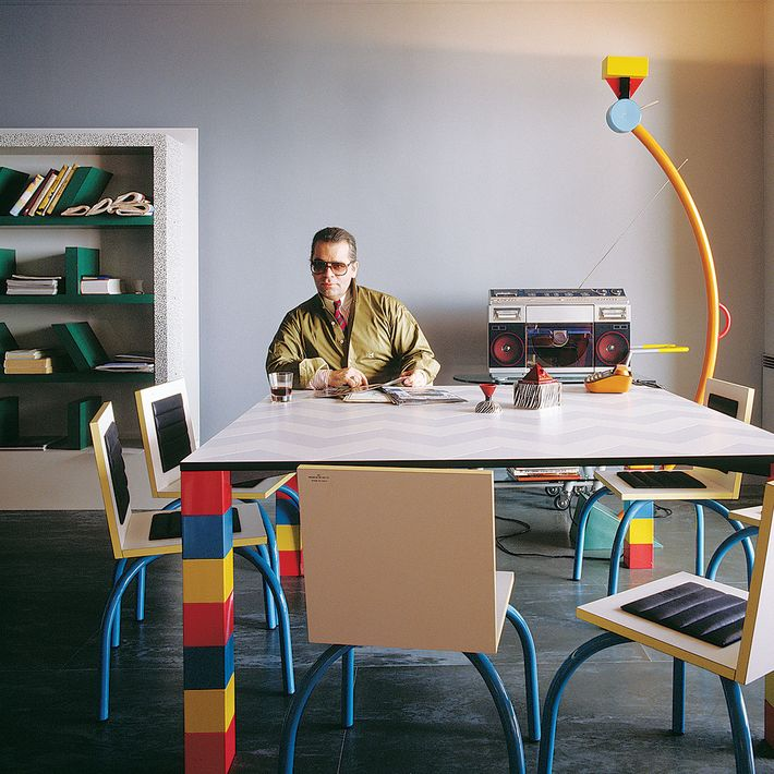 Karl Lagerfeld Who Filled His Monaco Home With Memphis Furniture S Entire Collection At Sotheby