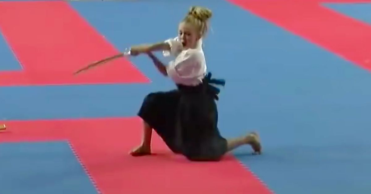 How Cute Would It Be If This Little Sword-Fighting Girl