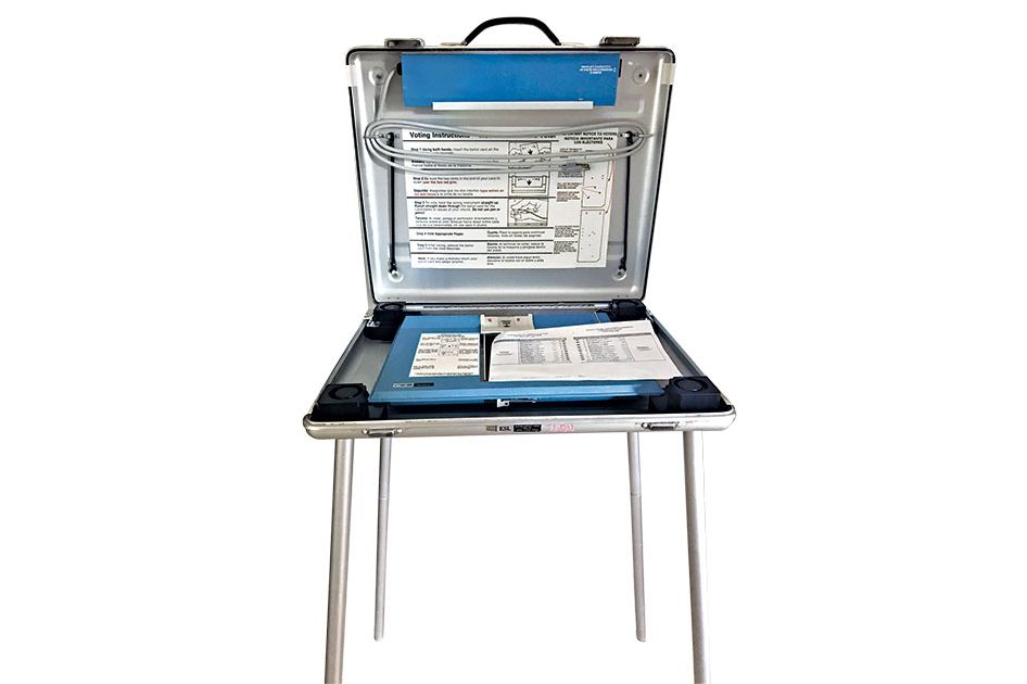 2000 Presidential Election Voting Machine Package