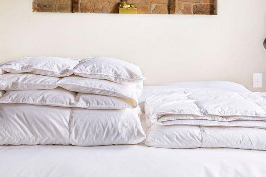 Brooklinen Lightweight Down Alternative Comforter