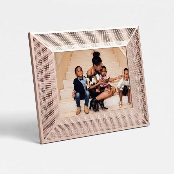 Aura 2K Smith Smart Digital Picture Frame, 10 Inch