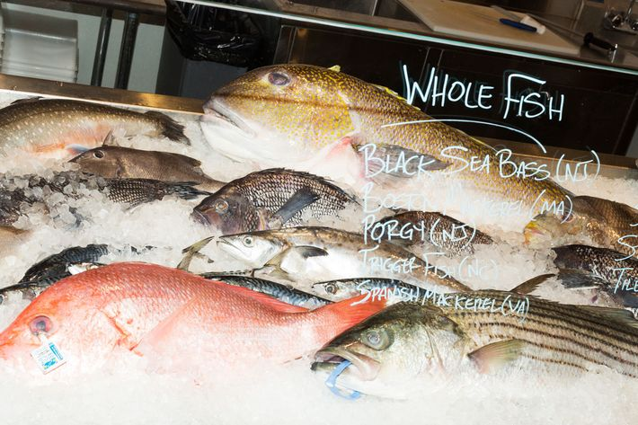 The absolute best seafood markets in nyc for Fishing store nyc
