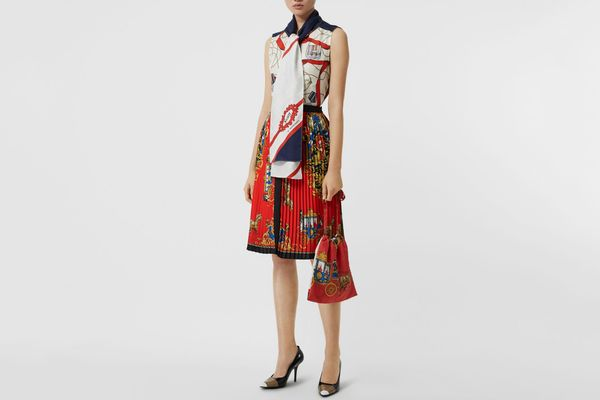 Burberry Archive Scarf Print Pleated Skirt