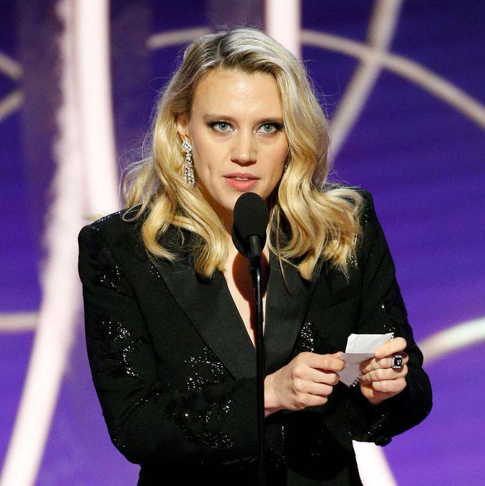 Kate Mckinnon Golden Globes Ellen Degeneres Tribute Watch