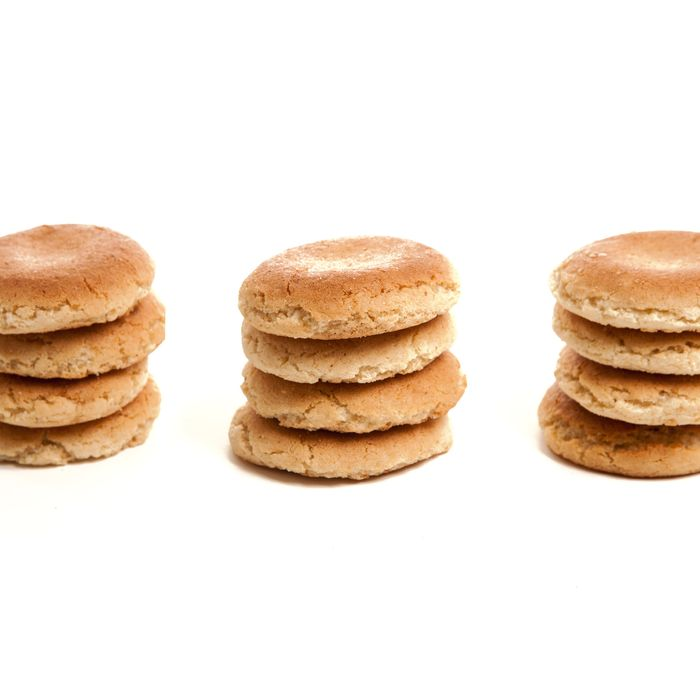 The Basque macaron predates the pastel-sandwich style by about three centuries.