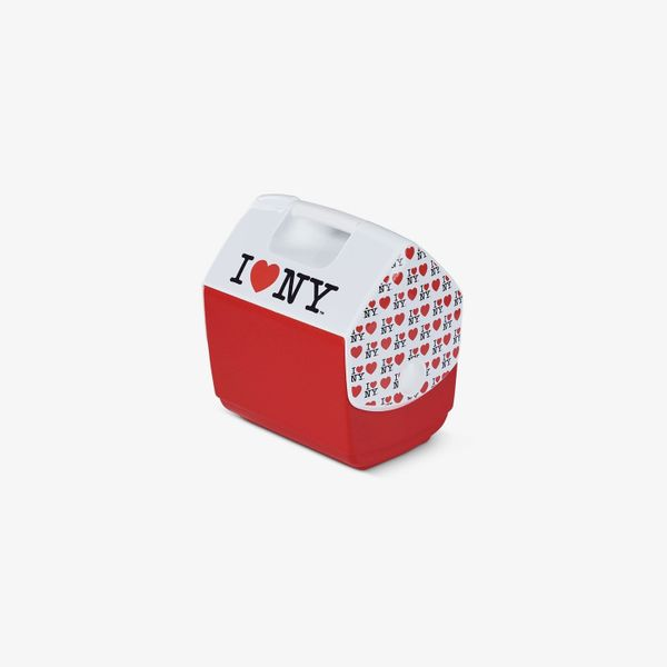Igloo I Love NY Playmate Pal Special Edition Red 7 Qt Cooler