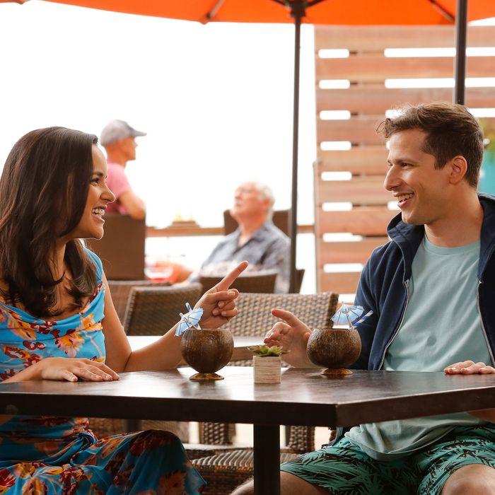 Melissa Fumero and Andy Samberg in Brooklyn Nine-Nine.