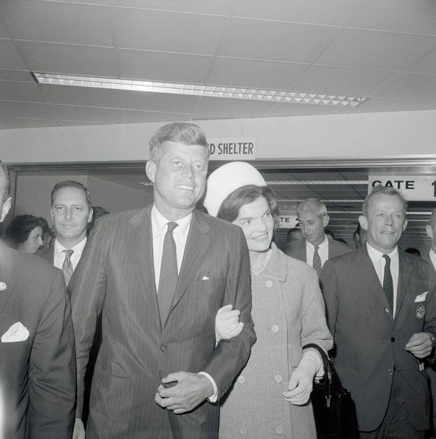 Photo 23 from November 9, 1960