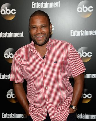 NEW YORK, NY - MAY 13: Anthony Anderson attends the Entertainment Weekly & ABC Upfronts Party at Toro on May 13, 2014 in New York City. (Photo by Jamie McCarthy/Getty Images for Entertainment Weekly)