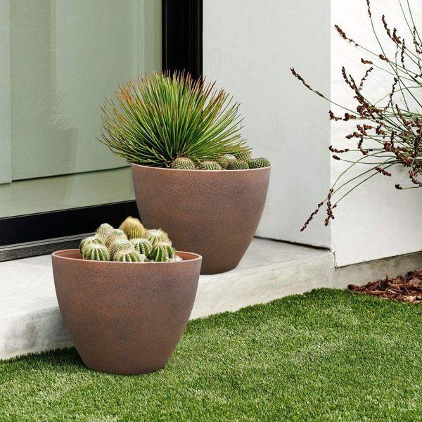 LA JOLIE MUSE Terracotta Planters, Set of 2