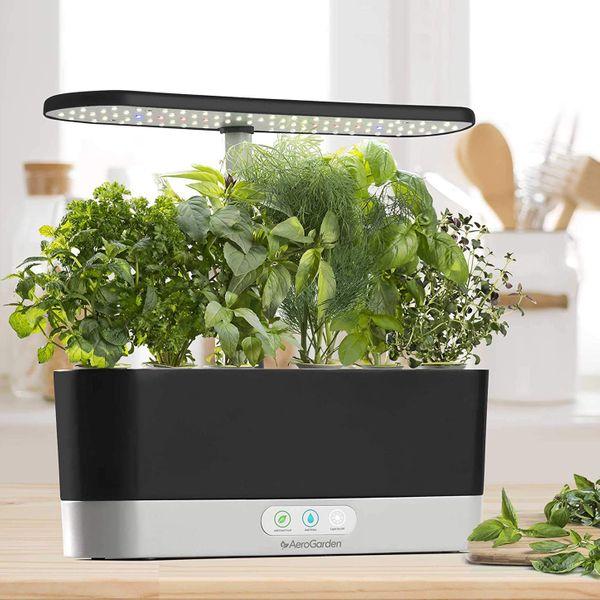 AeroGrow Harvest - Indoor Garden